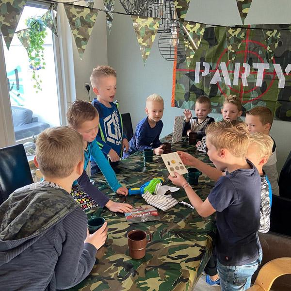 Feestdal: lasergame kinderfeest